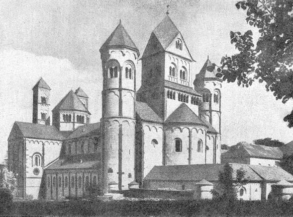 244 б. Церковь бенедиктинского аббатства Мария-Лаах.  1093 - около 1230 гг. Общий вид с северо-запада.