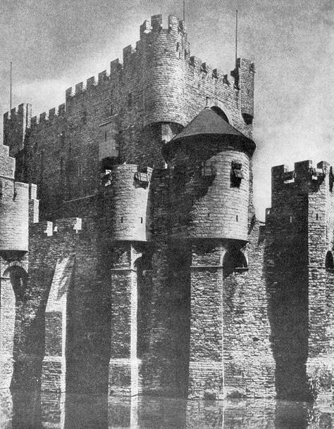 Замок графов фландрских в генте