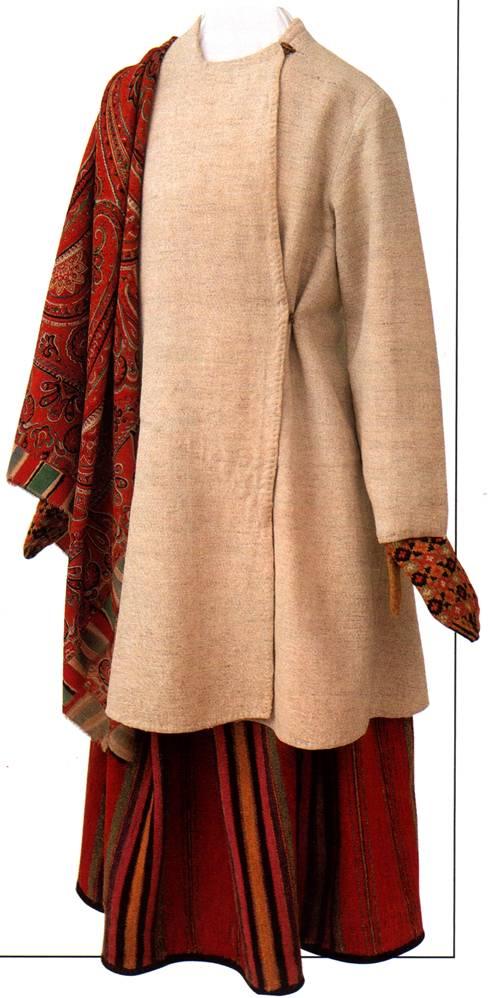 Праздничная одежда женская купить в
