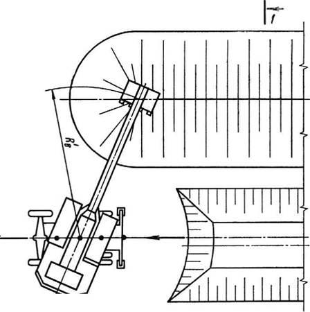 Схема разработки выемки лобовым забоем при смещении оси движения экскаватора ЭО-3322В.